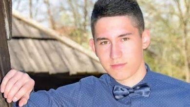 Photo of Otac Stefana Filića (18) kaže da bol neće proći,a praznina je sve veća